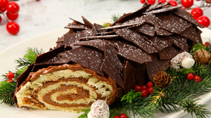 Traditional Buche De Noel.