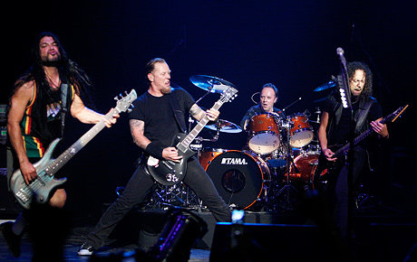 Metallica to Perform at Vikings Stadium
