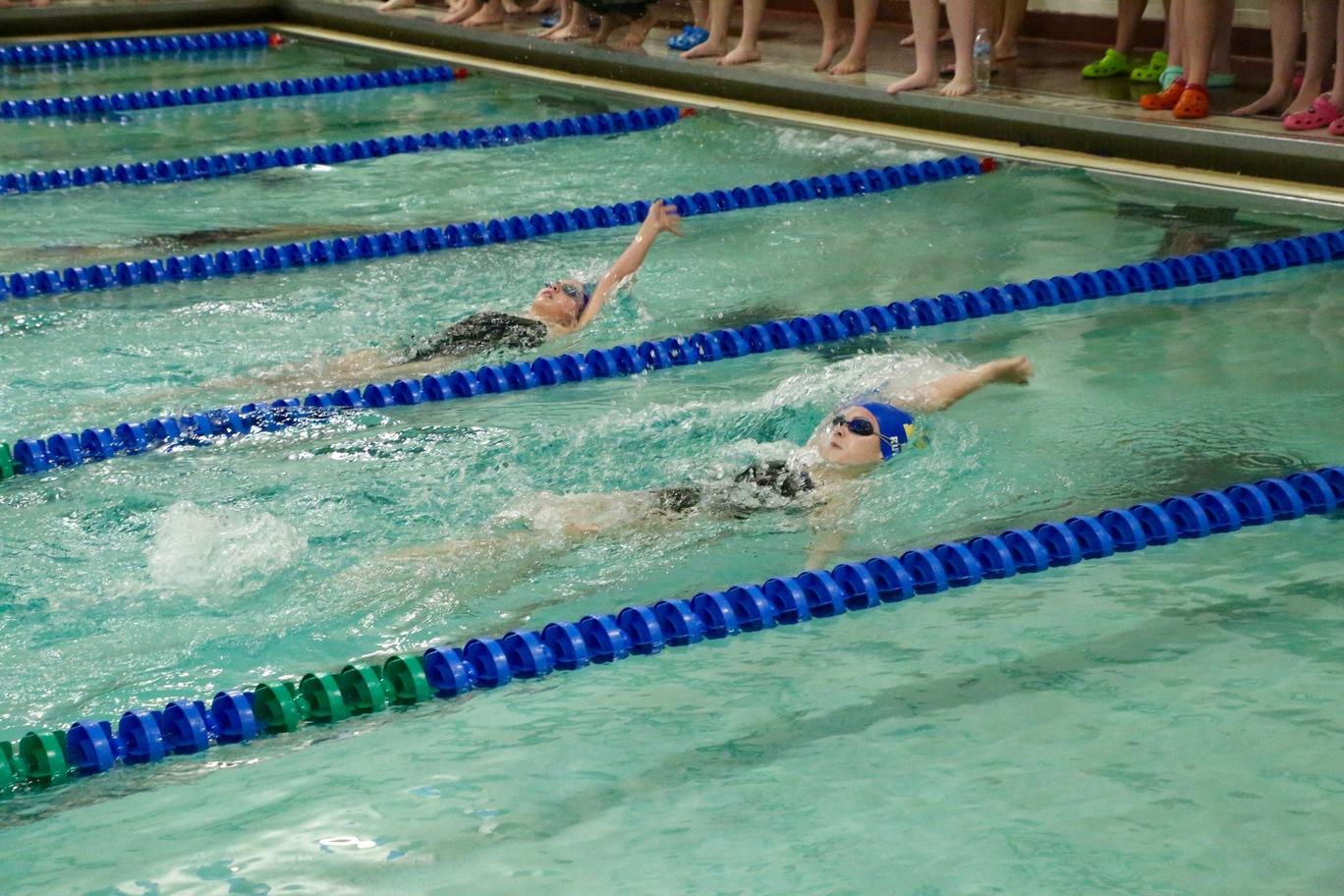 Competition in the backstroke