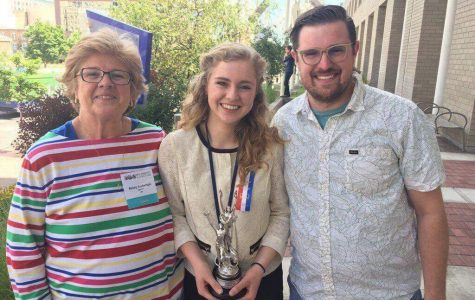 Rachel Standal Qualifies for 2017 Speech Nationals