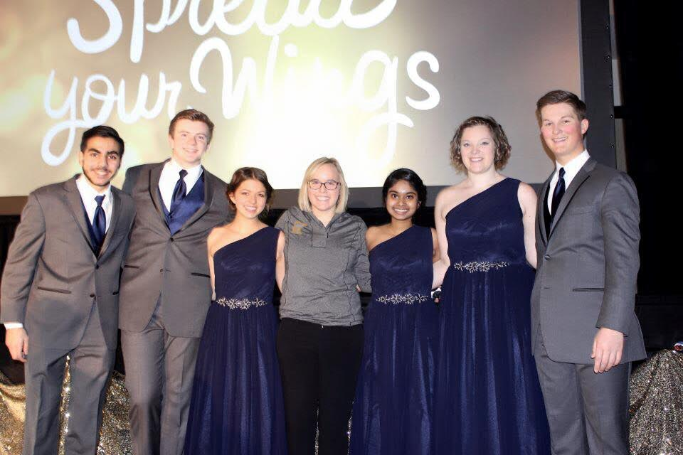 Subha Ravichandran (third from right) and the state officer team pose for a picture after the grand award ceremony.