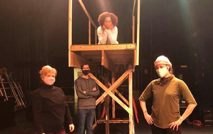 Senior Kai Wilson and junior Eric Sorensen worked with alumni Meghan Kreidler and Ms. Owzarek on the production of Romeo & Juliet.